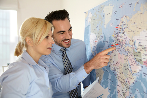 logistieke professionals plannen een route